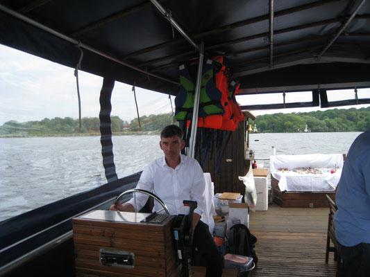 Skipper Daniel