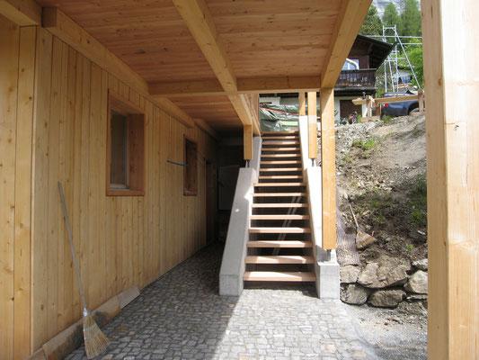Treppentritte aus Kastanienholz