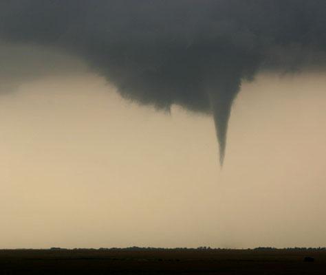 Nuvem funil vista em Harper, Kansas, EUA, em 29/05/2004.