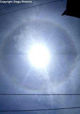 Halo 22º visto em João Pessoa, Paraíba, em 14/01/2010.