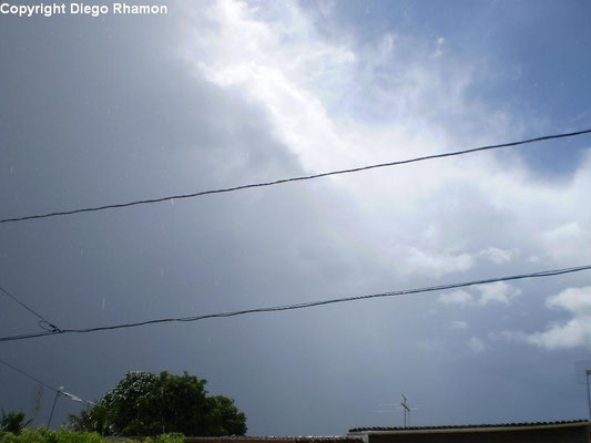 Cumulonimbus praecipitatio vista em João Pessoa, Paraíba, em 20/01/2010.