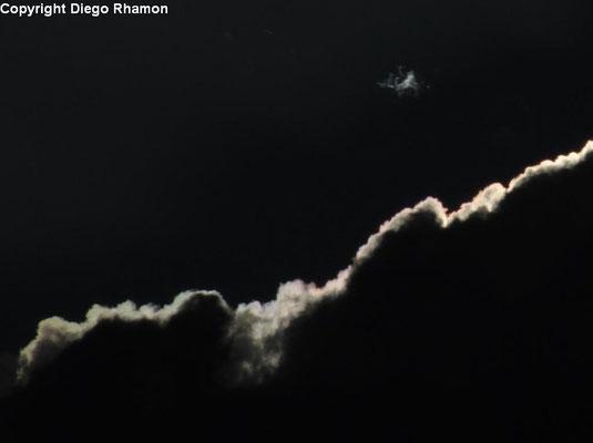 Cumulus fractus (crescendo e se juntando à Cumulus mediocris) vistas em Campina Grande, Paraíba, em 03/06/2014.