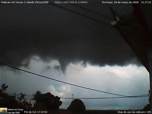 Nuvem arco em 29/03/2009.