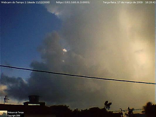 Cumulonimbus e chuva em 17/03/2009.
