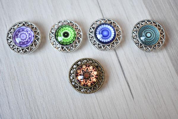 Mandala, silberne Fassung - lila, grün, blau und türkis / bronze Fassung - braun (ca. 20mm)