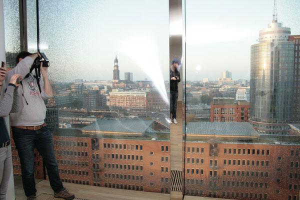 Blick auf die Speicherstadt aus der Orchesteretage.