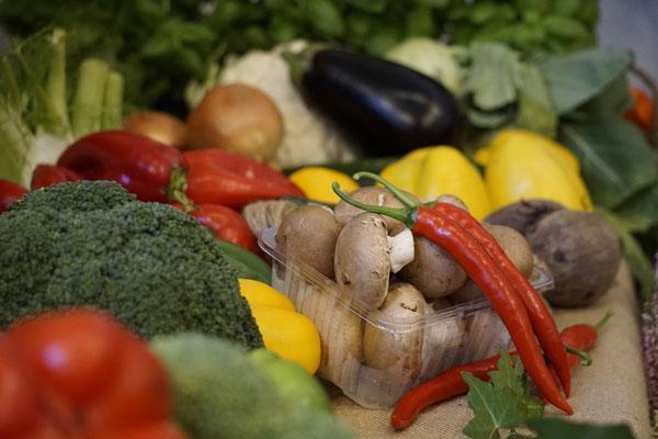 Erntedank Gaben buntes Gemüse