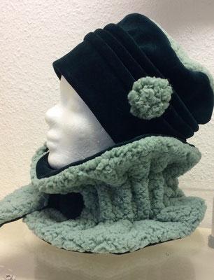 dunkelgrüner Nicky und mint Teddy - Mütze 36,00 €