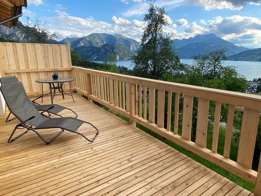 Terrasse mit  Blick auf den Attersee