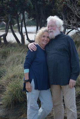 Emily und Peter Hess, Ikaria