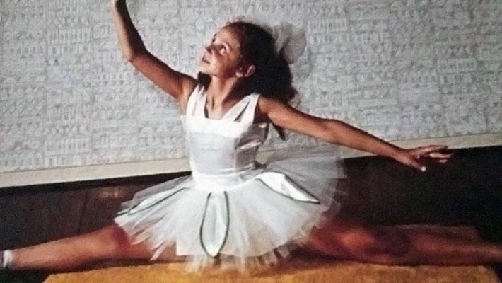 Emily Hess-Klangyoga