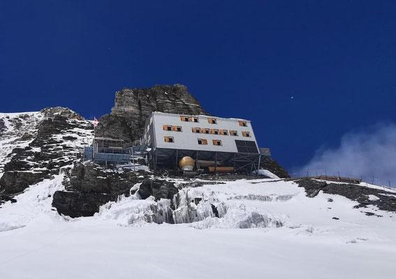 Mönchsjochhütte.