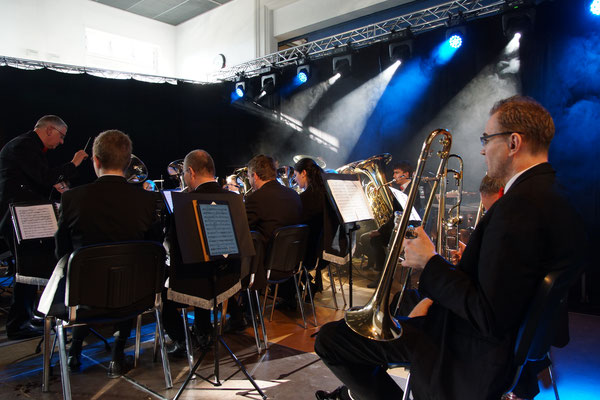 "Konzert ""Brass Machine"" in der RT-Halle Regensburg (07.04.2019)"