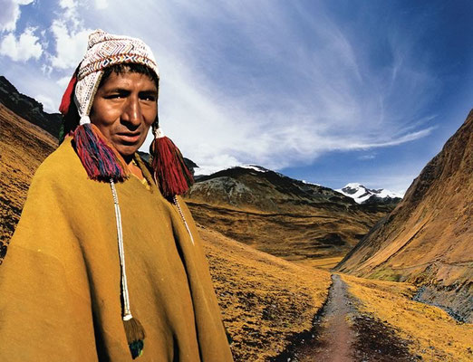 ANTONIO BRICEÑO: Apacheta. Guard of the roads, Quechua culture, Peru. 2005