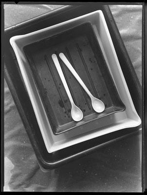 Zwei weisse Löffel, 1985