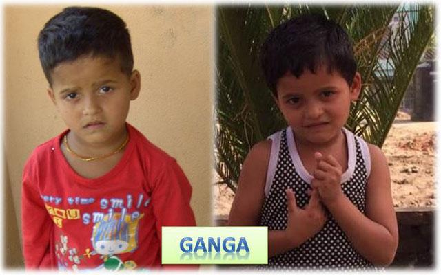 Auf Facebook berichtete ich schon von Ganga und Jamuna, die zunächst immer auf dem Hof standen und einander festhielten, mit der freien Hand wischten sie sich die vielen Tränen aus dem Gesicht …