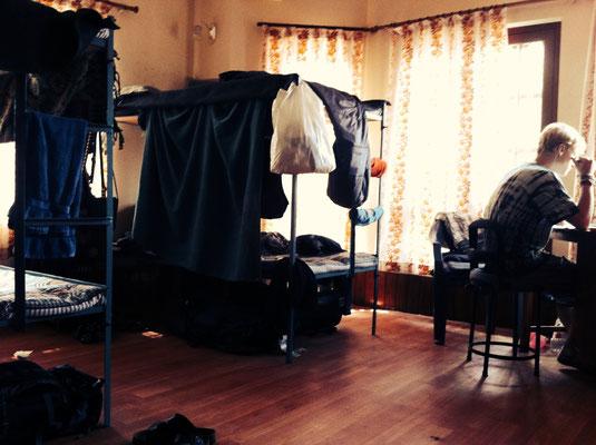 Unser neues Schlafzimmer – mehr Platz, mehr Licht, mehr Ungeziefer. :)