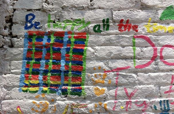 Ein paar Kids haben abstrakte Kunst gewählt …