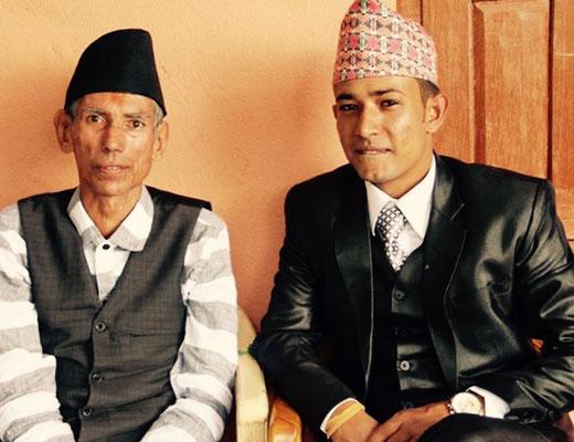 Raj Kumar mit seinem Vater.