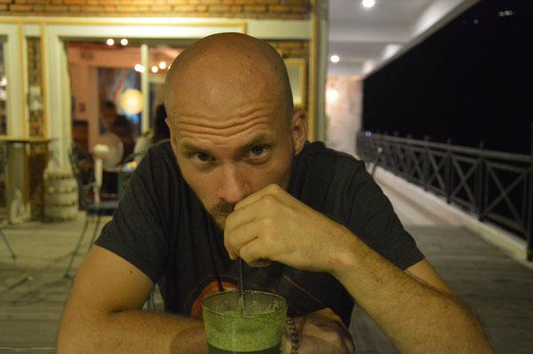"""""""O guck mal, Ben trinkt eine Limonade! Das muss fotografiert werden!"""""""
