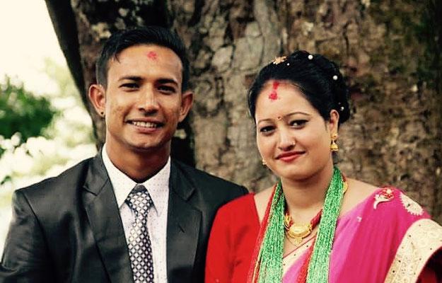 Raj Kumar und seine Frau am Tag der Hochzeit.
