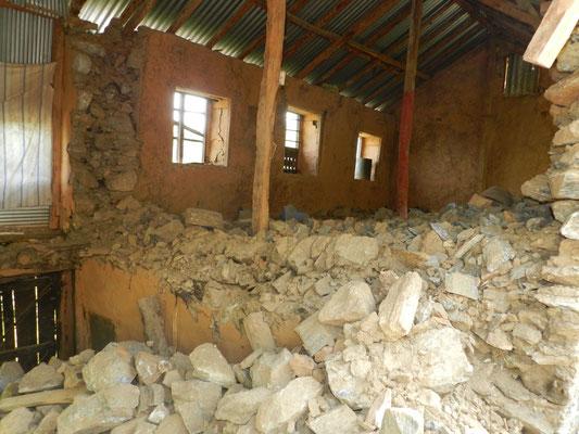 Es würde mindestens fünf Monate dauern, ein halbwegs vernünftiges neues Haus zu errichten …