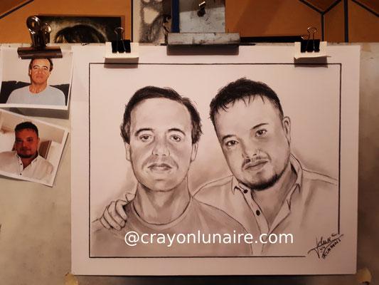Pere-et-fils-portraits-crayon-lunaire