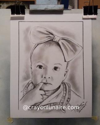 bebe-turban-portrait-fusain