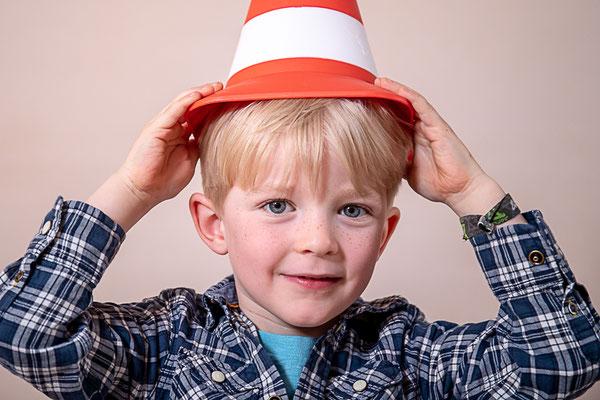 Kindergartenfotografie, Kinderfoto, Kindershooting, Kitafotografie, Kitafotograf, Kindergartenfotograf, Kinderportrait, Auto, Bobbycar