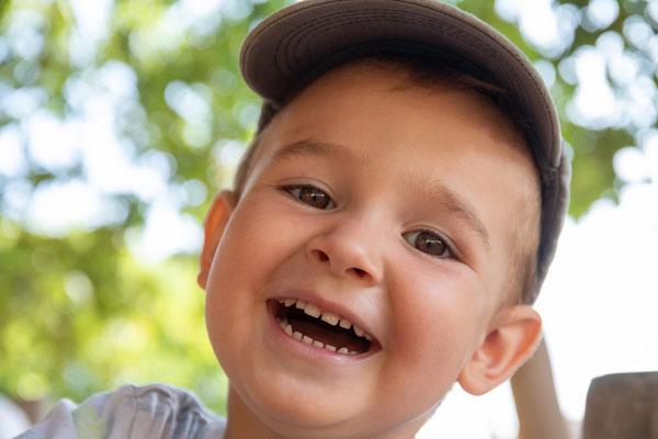 Kindergarten, Spielplatz, Kindergartenfotograf, Kitafotograf, Kitafotografie, Garten, Spiele, Spielgeräte, Outdoor, Kinderportrait, Kindergartenfotografie