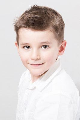 Portrait, Monochrom, Kinderfoto, Headshot, Kinderportrait, Studiofotografie, Fotostudio, Freising