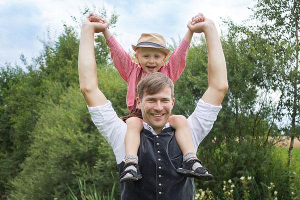 outdoor-shooting, natur, mama-und-ich, mami-und-ich, muttertag, familienshooting, baby-fotograf, kinder-foto, freising