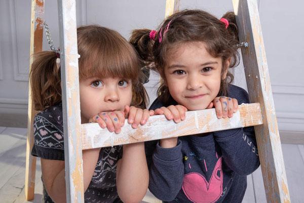 Kindergartenfotografie, Kinderfoto, Kindershooting, Kitafotografie, Kitafotograf, Kindergartenfotograf, Kinderportrait, Leiter, Stuck
