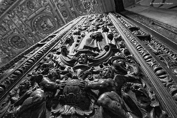 CHIESA SAN GREGORIO ARMENO portale