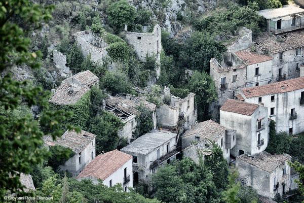 Senerchia, paese abbandonato