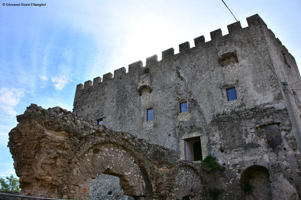 Castello Francolise IX sec.