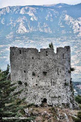 Rovine del Castello normanno di Senerchia