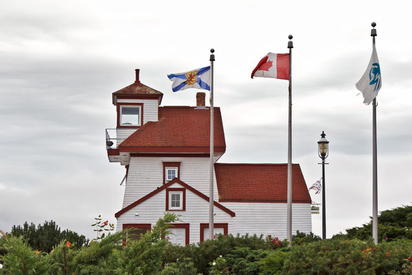 Fort Point Lighthouse in Liverpool , Nova Scotia Kanada
