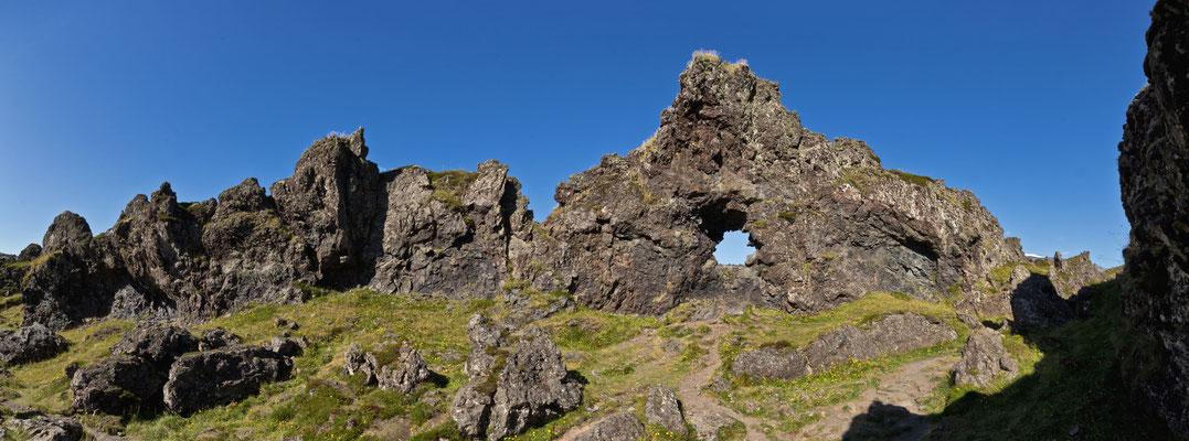 Das Loch im Felsen - Island
