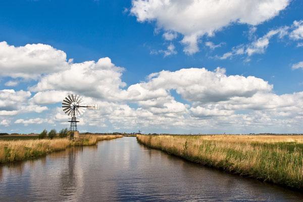 Auf den Kanälen von Sneek in Holland