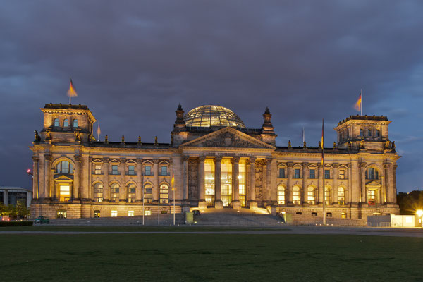 Reichstag @ night