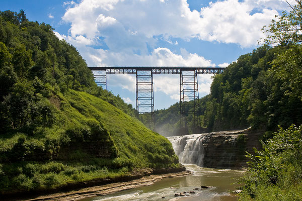 Letchworth State  Park in USA