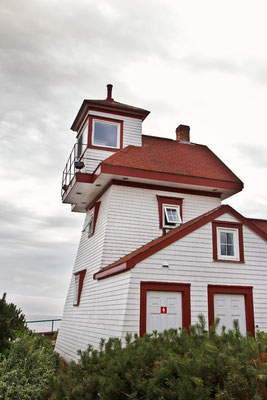 Fort Point Lighthouse In Liverpool Nova Scotia Kanada