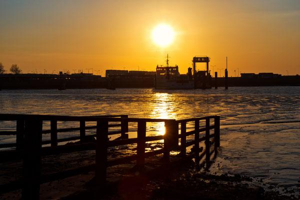 Hafen von Anjum