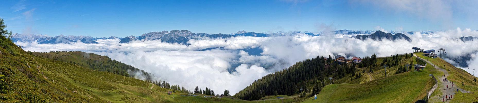 Auf dem Gipfel im Alpbachtal