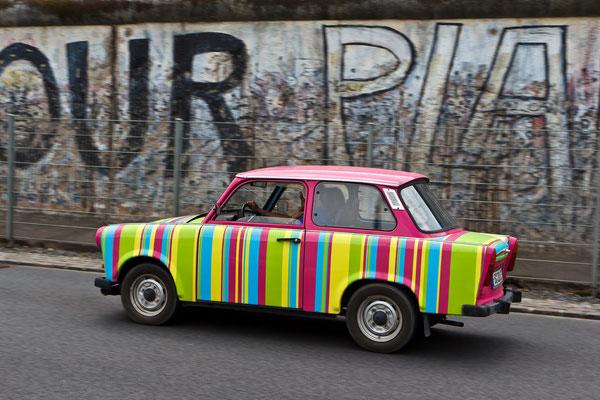 Trabi & Berliner Mauer