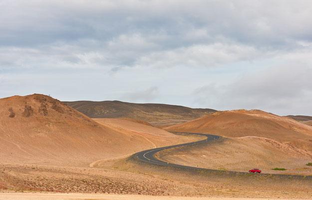 Strasse im Namafjall-Gebiet