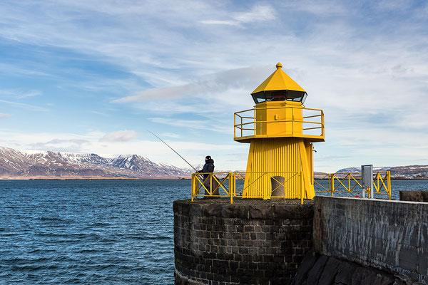 Leuchtturm am Eingang zum alten Hafen, Reykjavik- Island