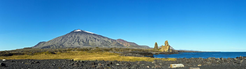 Snæfellsjökull mitLondrangar, Malarrif - Island