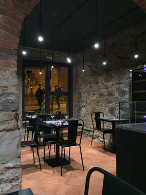 Pizzeria Opificio, interni- Riparbella